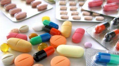Sử dụng thuốc tây để điều trị thoát vị là phương pháp được nhiều người lựa chọn