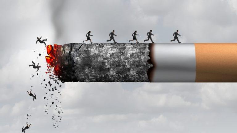 Cần hạn chế bia rượu thuốc lá để có sức khỏe tốt