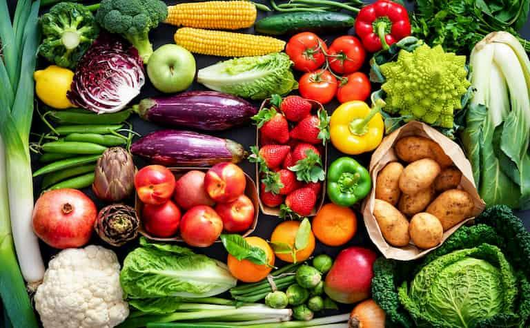 Ăn thực phẩm lành mạnh để tăng cường sức khỏe
