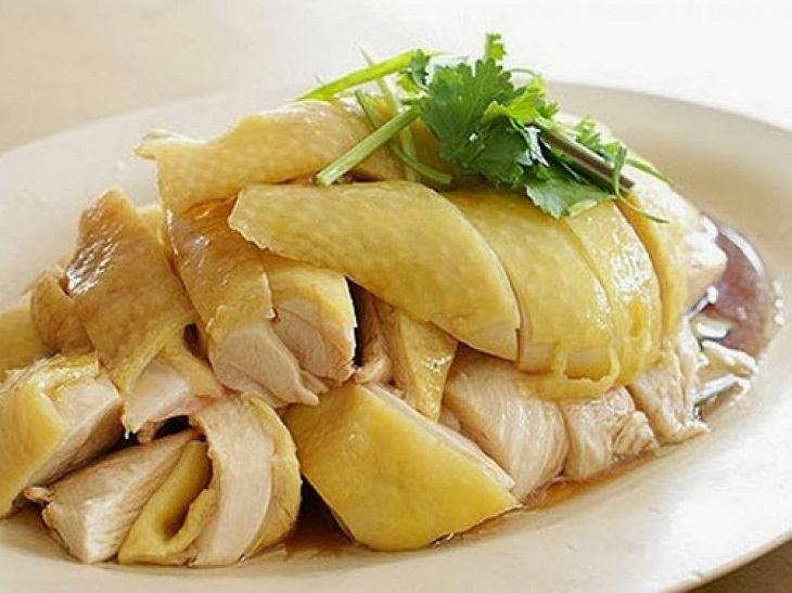 Người bị viêm đau khớp vẫn có thể ăn thịt gà nhưng hạn chế ở một số phần