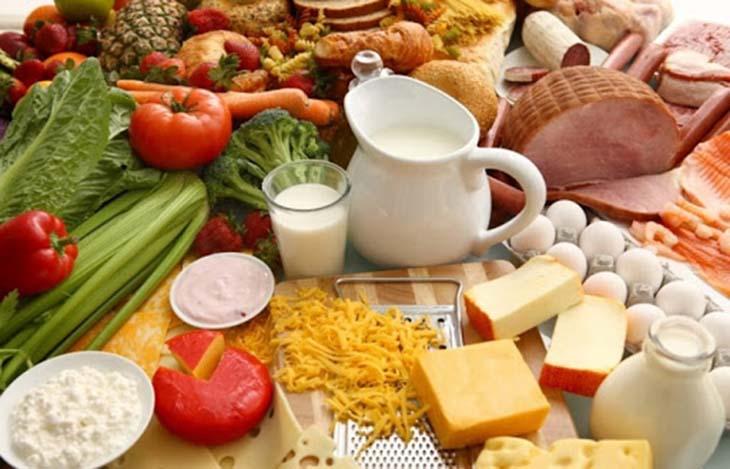Dinh dưỡng đóng vai trò quan trọng trong việc giúp cải thiện chất lượng khớp xương