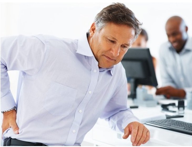 Yếu tố tuổi tác thường làm gia tăng khả năng mắc bệnh