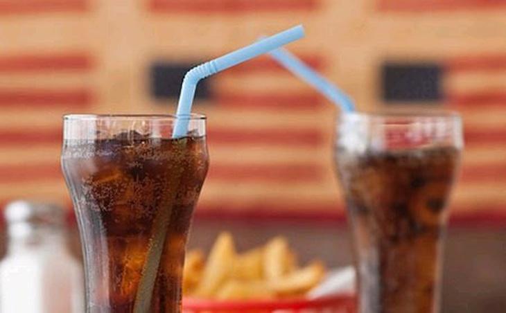 Cần kiêng đồ uống có gas và chất kích thích