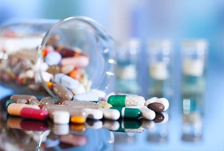 Sử dụng thuốc Tây y đem lại tác dụng nhanh nhưng tiềm ẩn nhiều nguy cơ đối với sức khỏe