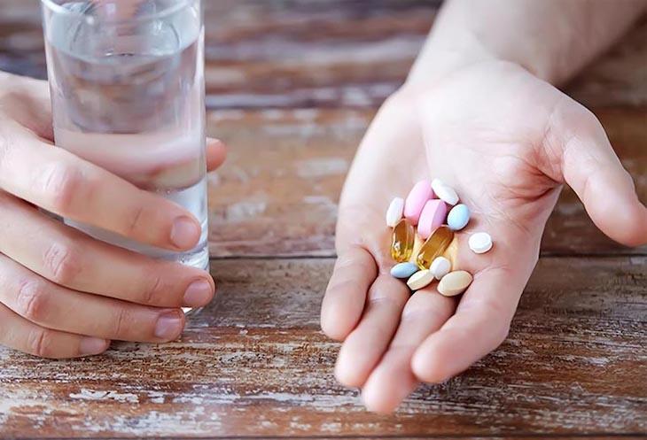 Thuốc Tây điều trị thoát vị đĩa đệm ở người trẻ tuổi cho tác dụng nhanh
