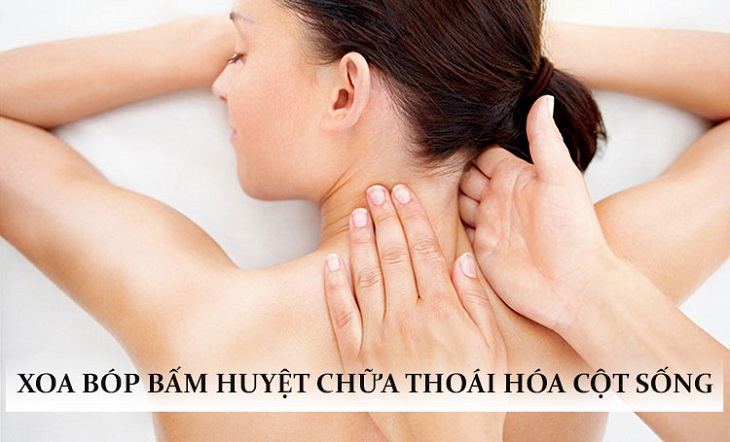 Xoa bóp ấn huyệt là phương pháp phổ biến trong đông y