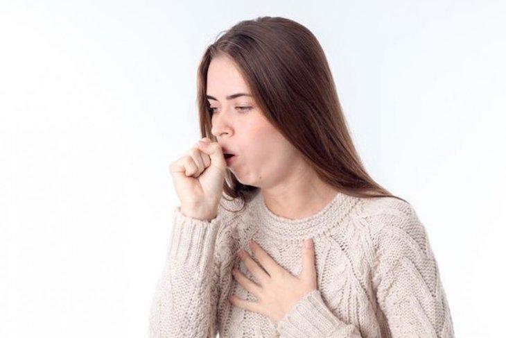 Bệnh ho biểu hiện cho những dấu hiệu liên quan đến đường ho hấp