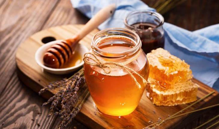 Dùng mật ong chữa bệnh hiệu quả, đơn giản và an toàn tại nhà