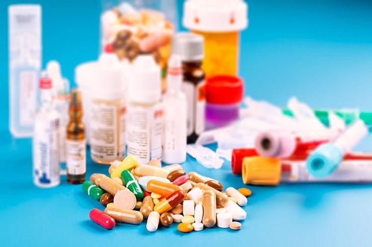 Thuốc Tây điều trị viêm họng gây sốt nhanh chóng