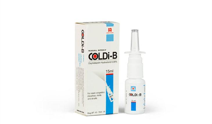 Sử dụng thuốc xịt thông mũi để làm giảm nhanh những cơn tắc nghẹt mũi và kích ứng niêm mạc