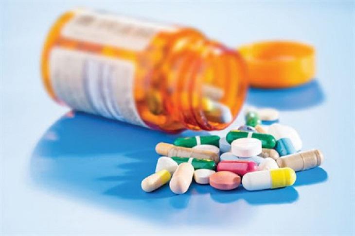Uống thuốc Tây y là một giải pháp điều trị bệnh nhanh và hiệu quả
