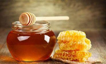 chữa đau họng bằng mật ong