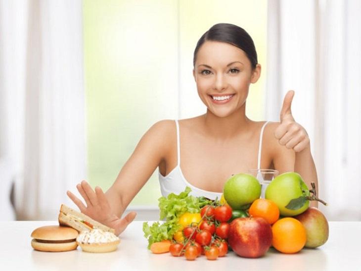 Kết hợp với chữa bệnh, người bệnh cần xây dựng chế độ ăn uống khoa học, đầy đủ
