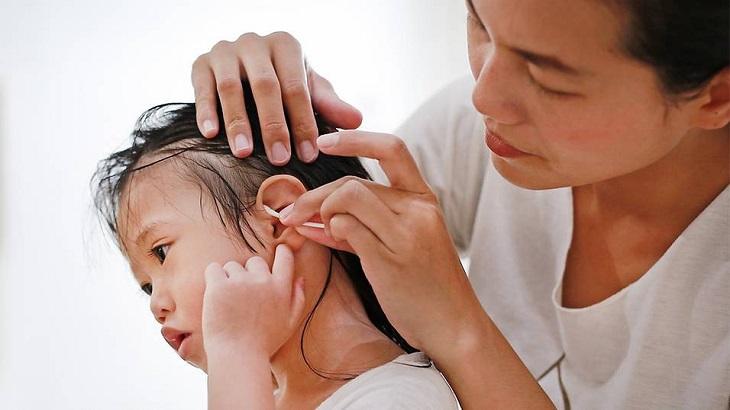 Bố mẹ chú ý vệ sinh tai mũi họng cho trẻ để phòng tránh bện tốt nhất