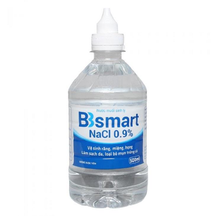 Nước muối sinh lý có tác dụng tiêu diệt vi khuẩn vô cùng hiệu quả