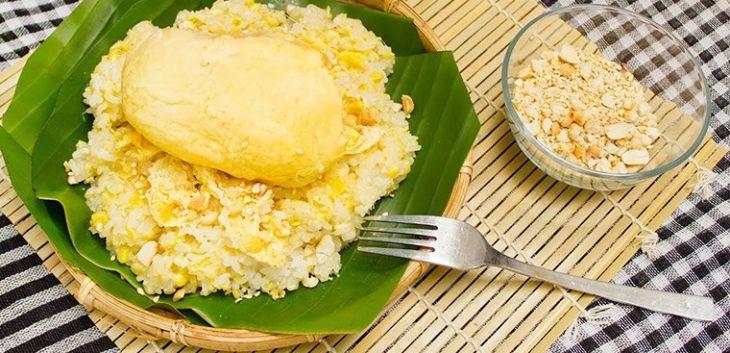 Xôi sầu riêng là món ăn bổ dưỡng cho niêm mạc tử cung