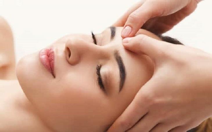 Massage mặt giúp cải thiện tình trạng một cách nhanh chóng và hiệu quả