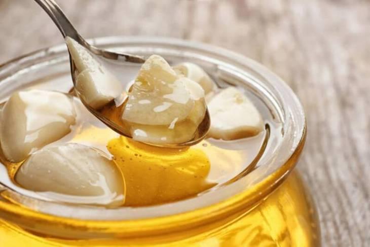 Khỏi viêm nhiễm nhanh chóng với bài thuốc kết hợp tỏi mật ong