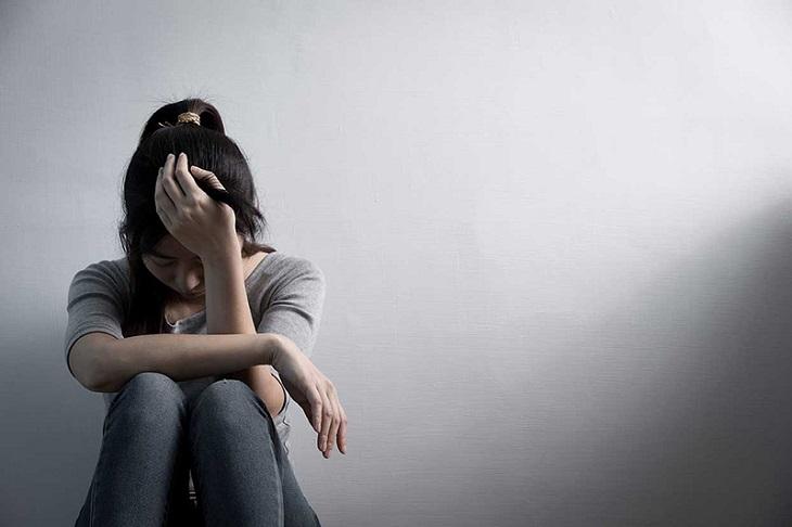 Viêm mũi dị ứng mãn tính có thể khiến người bệnh mệt mỏi, lâu dần sinh stress