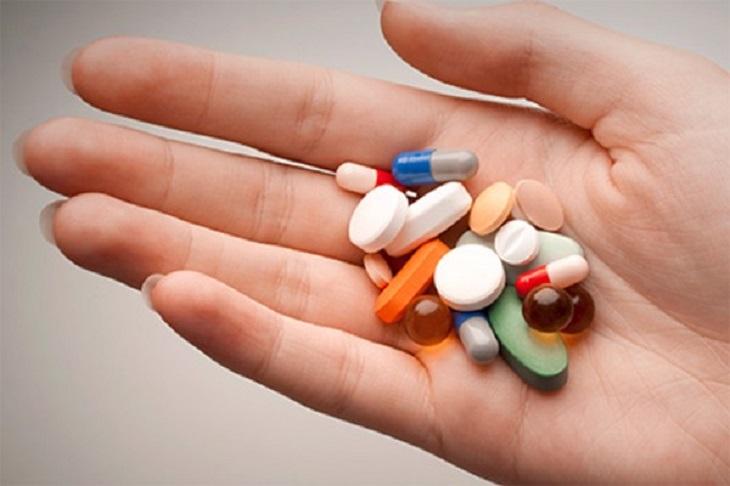 Chữa bệnh bằng thuốc Tây được xem là một trong những phương pháp phổ biến nhất hiện nay