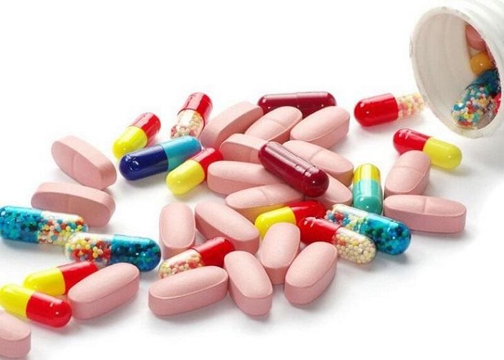 Sử dụng thuốc uống giúp ngăn chặn nhanh các biểu hiện bệnh