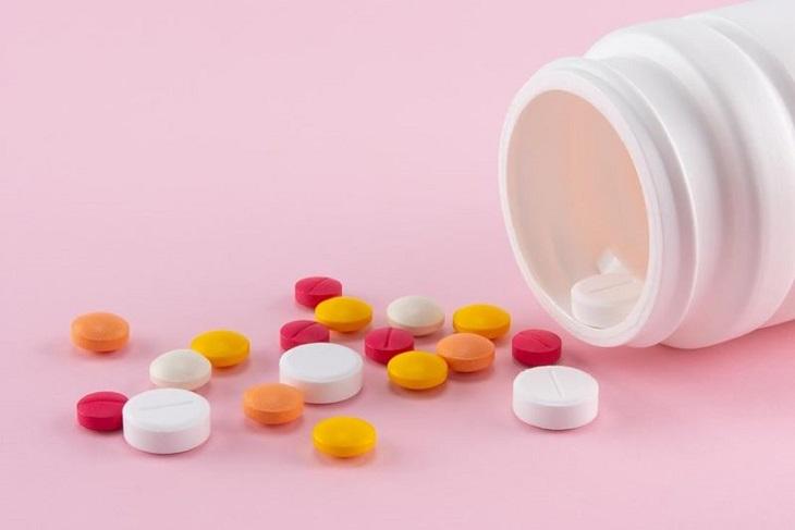 Dùng thuốc Tây y để chữa bệnh là ưu tiên hàng đầu của người bệnh khi có nhu cầu chữa trị